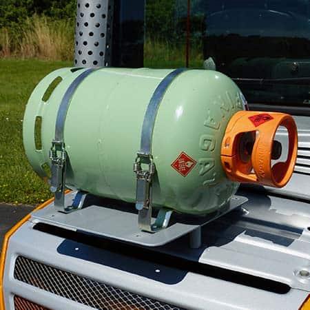 Nigrowsky : Sangle simple pour bouteille de gaz 13kg. Convient aux véhicules à carburation GPL, chariot élévateur. Montage possible dans le compartiment à gaz d'un camping-car. Fabrication Made in France